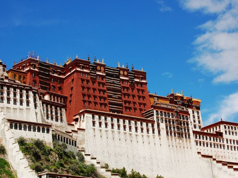 6-day Chengdu Panda & Lhasa Buddhist Pilgrimage Tour